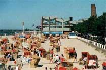 Meerwasserhallenbad Laboe und Strand